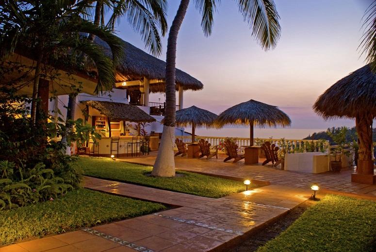 Puerto Escondido: Luxury Villas, Backpacker Hostels, and Surf Breaks
