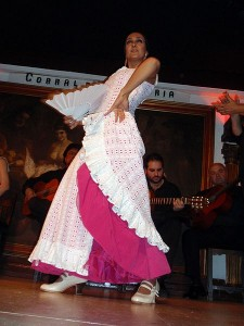A Flamenco dancer in Corral de la Morería, Madrid. Photo via Wikimedia by Dtom