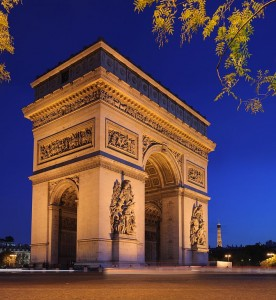 The Arc de Triomphe (Arch of Triumph), at the center of the place Charles de Gaulle, Paris. Via Wikimedia by Benh LIEU SONG.