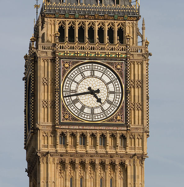 Big Ben is one of London's most famous landmarks, and it's free to take pics! (Photo via Wikimedia user Fir0002)